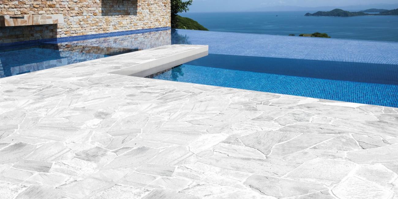 Pietra Naturale Santos White pavimento