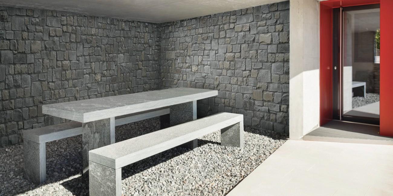 Pietra Naturale Canaletto Roccia