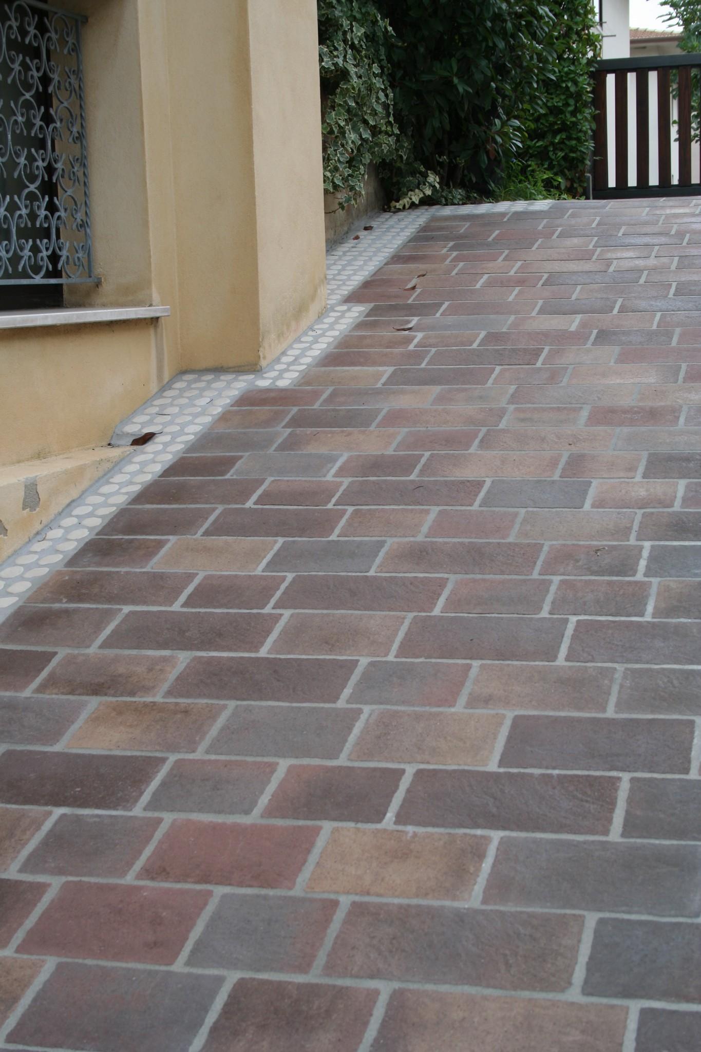 Pavimenti in porfido trentino piastre e piastrelle in porfido per esterni maspe - Crepe nelle piastrelle del pavimento ...